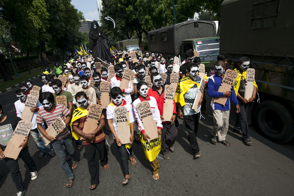 Greenpeace Indonesia supported the direct action taken by the Batang ...